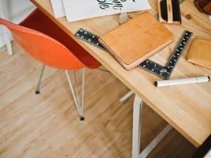 table rivière ou une table époxy